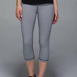 LuluLemon Gingham Crop Pants Sz 4